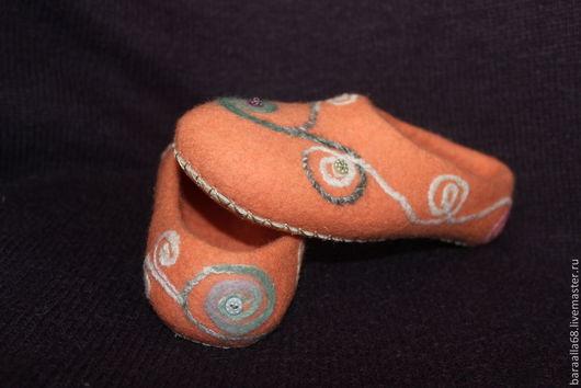 """Обувь ручной работы. Ярмарка Мастеров - ручная работа. Купить Валяные тапочки """"Нежность"""". Handmade. Валяные тапочки, рыжий"""