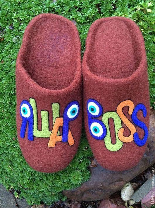 Обувь ручной работы. Ярмарка Мастеров - ручная работа. Купить домашние валянные тапочки-шлепки Именные 1. Handmade. Коричневый