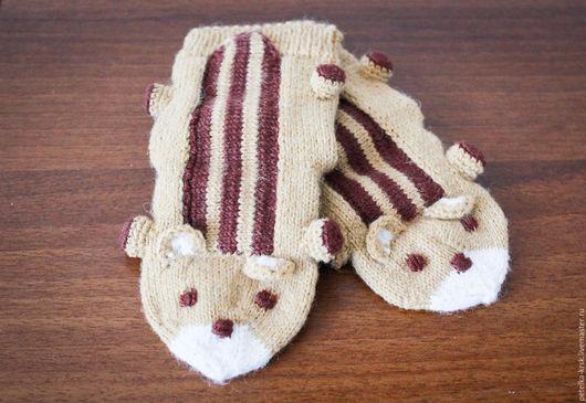 Теплые вязаные носки - барсучки малышу от 3 до 9 месяцев.