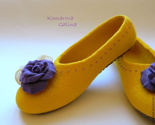 """Обувь ручной работы. Ярмарка Мастеров - ручная работа. Купить женские валяные тапочки """"Yellow sunrise"""". Handmade. Желтый"""