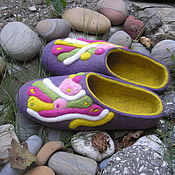 """Обувь ручной работы. Ярмарка Мастеров - ручная работа Валяные тапочки """" Сливовая карамель"""". Handmade."""