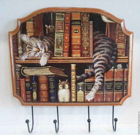"""Прихожая ручной работы. Ярмарка Мастеров - ручная работа. Купить Вешалка """"Кот на книжной полке"""". Handmade. Коричневый, вешалка в библиотеку"""