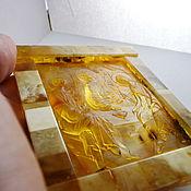 Иконы ручной работы. Ярмарка Мастеров - ручная работа Святая Троица янтарь резьба. Handmade.
