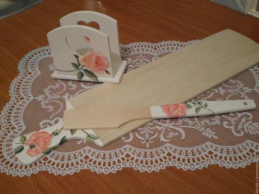 Кухня ручной работы. Ярмарка Мастеров - ручная работа. Купить Набор (салфетница, разделочная доска, лопатка). Handmade. Декупаж, роза
