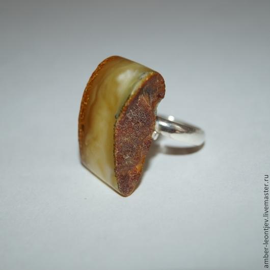 """Кольца ручной работы. Ярмарка Мастеров - ручная работа. Купить Кольцо """"Ничего лишнего 2"""" из янтаря с серебром. Handmade. Разноцветный"""