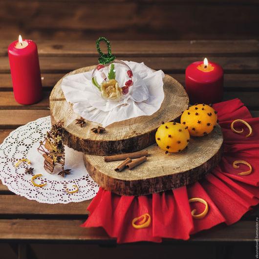 Букеты ручной работы. Ярмарка Мастеров - ручная работа. Купить ёлочный шар ЗИМНИЙ ЦВЕТОК со съедобной композицией из сухофруктов. Handmade.