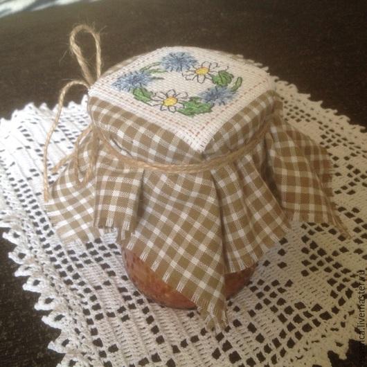 Кухня ручной работы. Ярмарка Мастеров - ручная работа. Купить Вышитая салфетка шапочка крышечка для банки подарок на любой случай. Handmade.