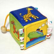 Куклы и игрушки ручной работы. Ярмарка Мастеров - ручная работа Кубик-подвеска для коляски/кроватки/авто. Handmade.
