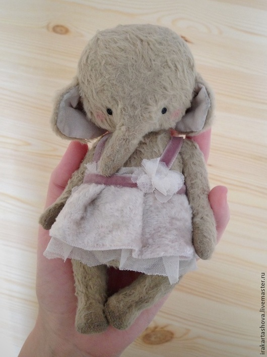 Мишки Тедди ручной работы. Ярмарка Мастеров - ручная работа. Купить Слоник Любочка. Handmade. Teddy, слоник, бархатная лента