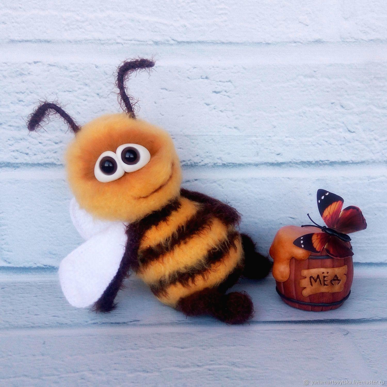 Игрушки животные, ручной работы. Ярмарка Мастеров - ручная работа. Купить Вязаная Весенняя Пчелка. Handmade. Желтый, любителю пчел