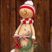 Подарки к праздникам ручной работы. Ярмарка Мастеров - ручная работа Кофейный снеговичок с веночком. Handmade.