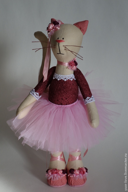 Куклы Тильды ручной работы. Ярмарка Мастеров - ручная работа. Купить Кошка балеринка. Handmade. Балерина, кошка в подарок, бусины
