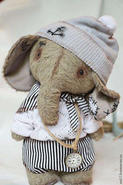 Мишки Тедди ручной работы. Ярмарка Мастеров - ручная работа. Купить Фёдор. Handmade. Серый, слоник, часики, стеклянные глазки