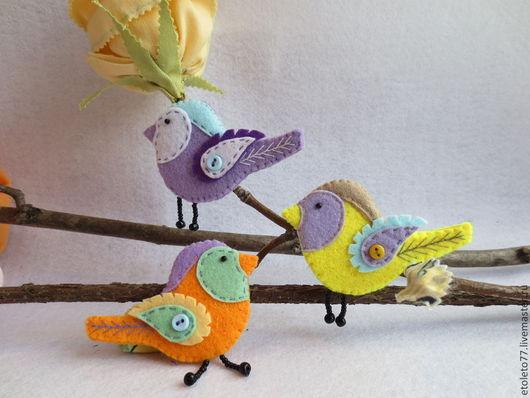 Игрушки животные, ручной работы. Ярмарка Мастеров - ручная работа. Купить птички. Handmade. Разноцветный, фетровые птички, Декор