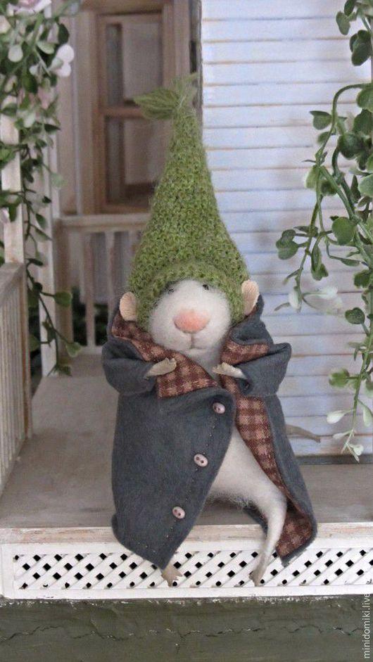 Игрушки животные, ручной работы. Ярмарка Мастеров - ручная работа. Купить Мышонок в шапочке и пальто 4. Handmade. Белый