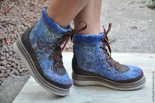 Обувь ручной работы. Ярмарка Мастеров - ручная работа. Купить Валяные ботинки с вставками из кожи. Павловопосадский платок. Handmade.