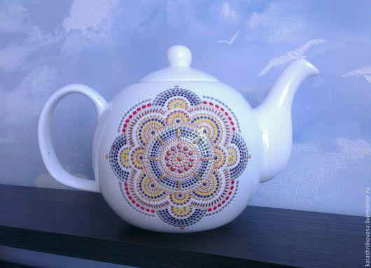 Заварочный чайник `Свет неба` расписан на заказ в технике point-to-point. Ауральные узоры. Ово-стиль. Handmade