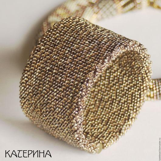 Браслеты ручной работы. Ярмарка Мастеров - ручная работа. Купить браслет «Золотой» широкий браслет, браслет из бисера. Handmade. Золотой