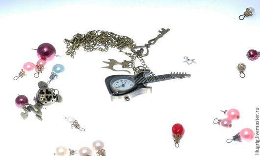 """Часы ручной работы. Ярмарка Мастеров - ручная работа. Купить Часы-кулон-брелок """"Гитара"""". Handmade. Разноцветный, часы-подвеска"""