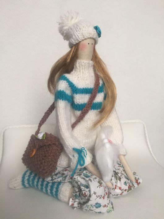 Куклы Тильды ручной работы. Ярмарка Мастеров - ручная работа. Купить Тильда в свитере и носочках. Handmade. Тильда кукла, хлопок