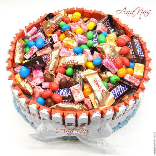 Персональные подарки ручной работы. Ярмарка Мастеров - ручная работа. Купить торт из конфет букет из конфет. Handmade. Торт из конфет