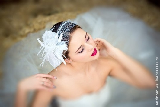 """Свадебные украшения ручной работы. Ярмарка Мастеров - ручная работа. Купить Цветы из шелка. Вуалетка """"White Angel"""". Handmade. Белый"""