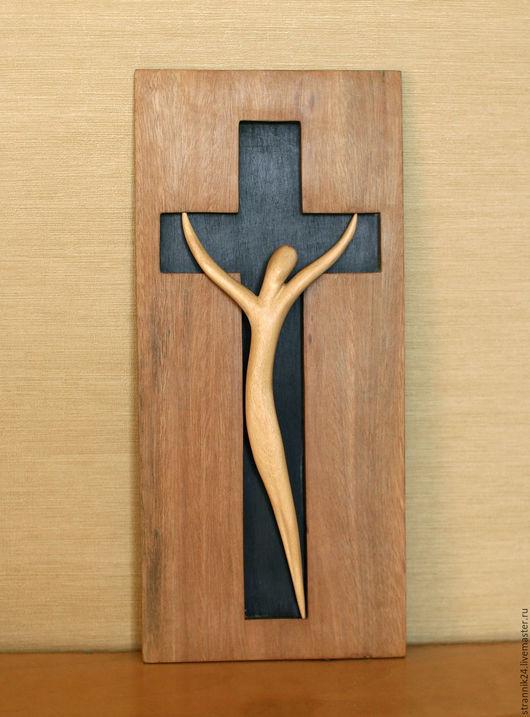 """Статуэтки ручной работы. Ярмарка Мастеров - ручная работа. Купить """"Распятие"""" скульптура из дерева. Handmade. Коричневый, религия, ручная работа"""