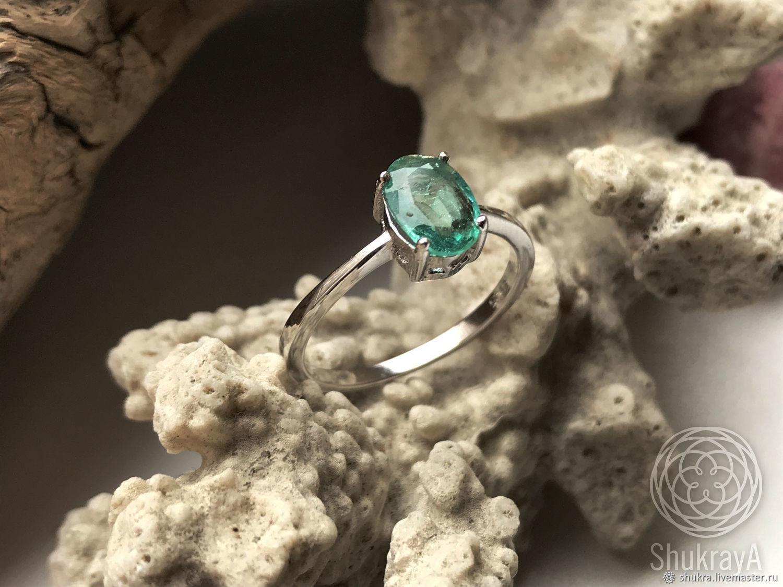 Натуральный VVS Изумруд 1.17 в классическом серебряном кольце Tiffany – купить на Ярмарке Мастеров – KTO4URU | Кольцо помолвочное, Москва
