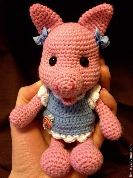 Игрушки животные, ручной работы. Ярмарка Мастеров - ручная работа. Купить Свинка вязаная. Handmade. Свинка, игрушка в подарок