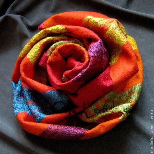 Шарфы и шарфики ручной работы. Ярмарка Мастеров - ручная работа. Купить Яркий красивый шерстяной валяный шарф, кашне, палантин. Handmade.