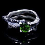 """Украшения ручной работы. Ярмарка Мастеров - ручная работа `Lignum-II"""" серебряное кольцо с хризолитом. Handmade."""