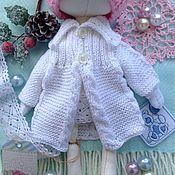 """Куклы и игрушки ручной работы. Ярмарка Мастеров - ручная работа """"Жемчуг"""" кардиган для куклы. Handmade."""