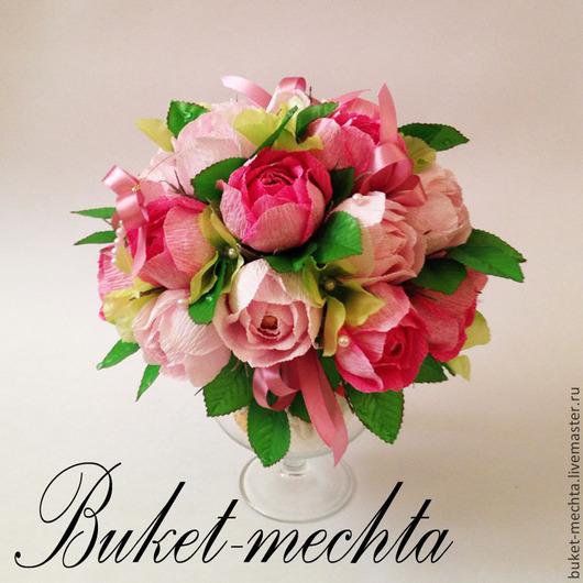 Букеты ручной работы. Ярмарка Мастеров - ручная работа. Купить Букет из роз и конфет на бокале. Handmade. Розовый, шоколадные конфеты