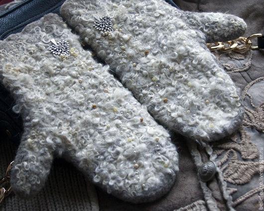 """Варежки, митенки, перчатки ручной работы. Ярмарка Мастеров - ручная работа. Купить Варежки """"Зимний лес"""". Handmade. Бежевый"""