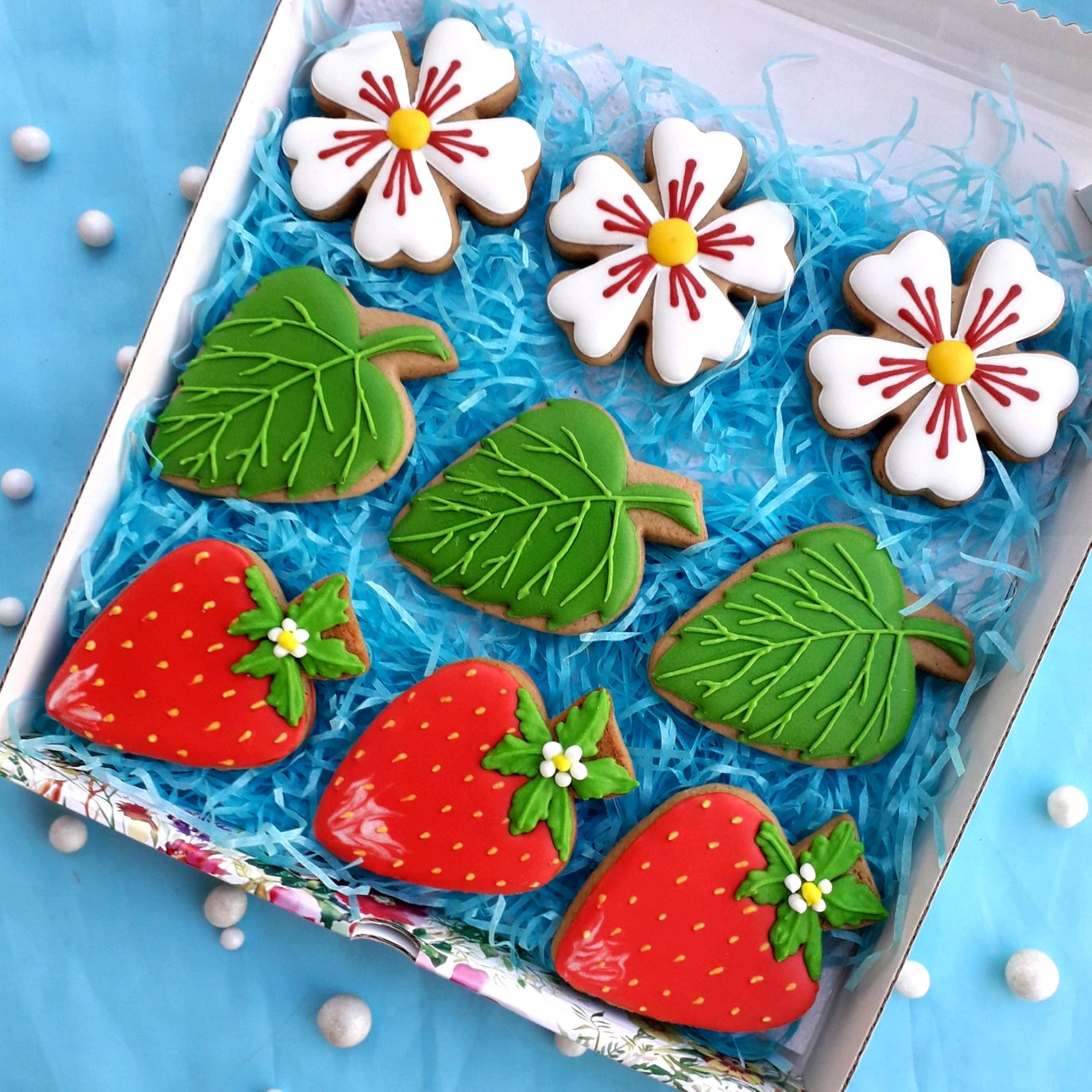 Set of gingerbread Strawberries. Birthday cakes.Gingerbread on March 8, Gingerbread Cookies Set, Rostov-on-Don,  Фото №1