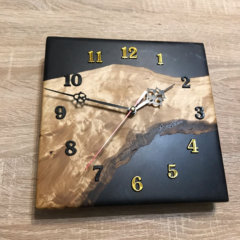 Часы настенные,кап берёзы с чёрной эпоксидной смолой (перламутр), Часы классические, Москва,  Фото №1