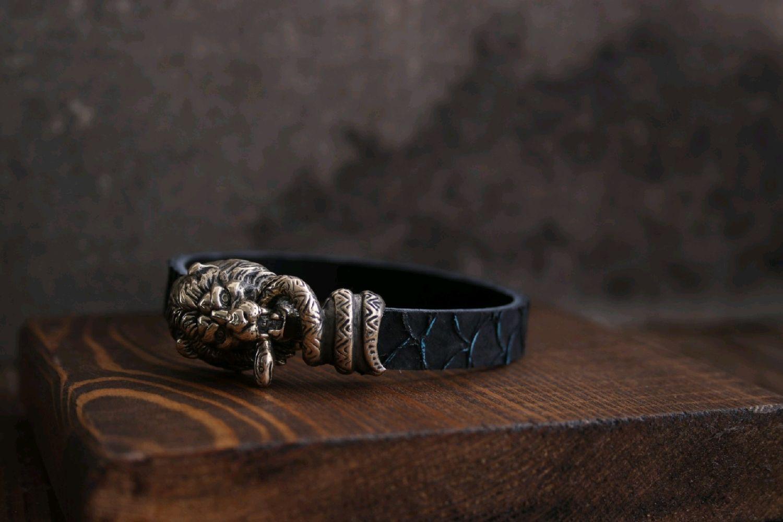 Браслет Лев из натуральной кожи сёмги ,браслет из кожи р, Браслет из бусин, Волгоград,  Фото №1