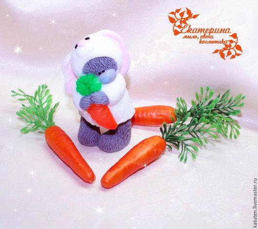 Мыло ручной работы. Ярмарка Мастеров - ручная работа. Купить Мыло Мишка Тедди в костюме зайки с морковкой. Handmade. Белый