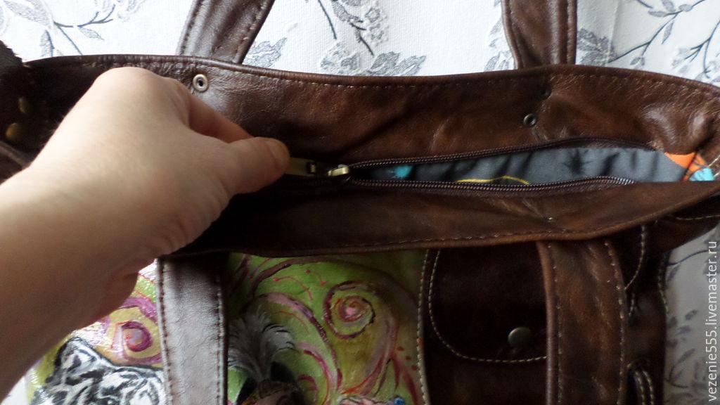 519568a0cfaf ... Женские сумки ручной работы. Сумка кожаная женская и косметичка с ручной  росписью Клеопатра. Inella