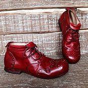 Обувь ручной работы. Ярмарка Мастеров - ручная работа Кожаные ботинки КРАСНЫЕ. Handmade.