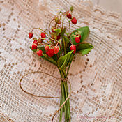 Цветы и флористика handmade. Livemaster - original item A bouquet of strawberries. Handmade.