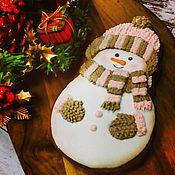 """Сувениры и подарки ручной работы. Ярмарка Мастеров - ручная работа Пряники """"Снеговик"""" архангельские расписные козули. Handmade."""