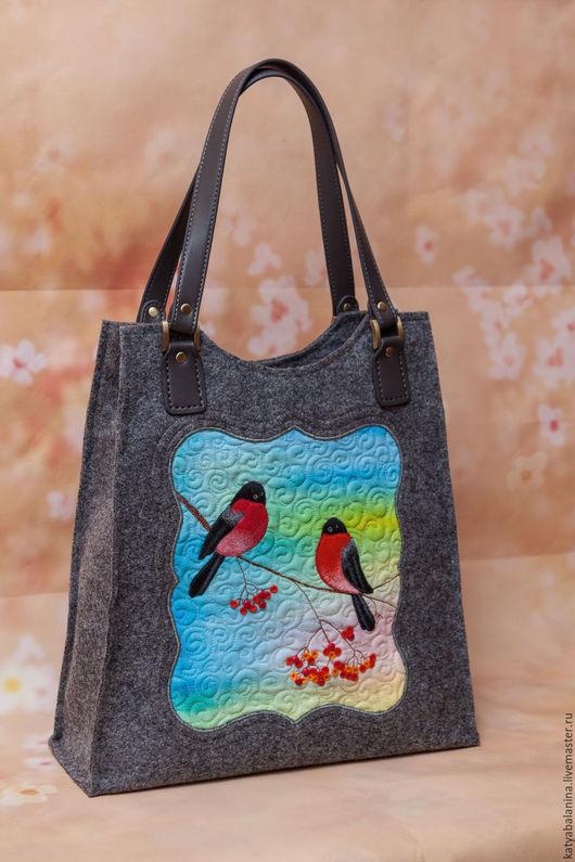 Женские сумки ручной работы. Ярмарка Мастеров - ручная работа. Купить Войлочная сумка Снегири. Handmade. Серый, сумка войлочная