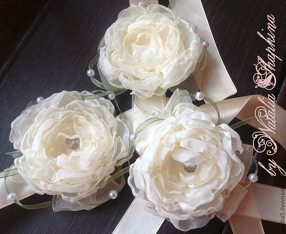 bracelets on hand for bridesmaids, povyazochki for girlfriends, bracelet on hand for the bride, bridesmaids, wedding accessories, wedding decorations, wedding supplies Smolensk