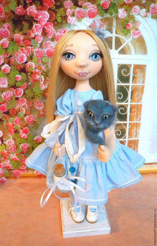 Коллекционные куклы ручной работы. Ярмарка Мастеров - ручная работа. Купить Алиса и Чеширский кот. Handmade. Голубой, интерьерная кукла