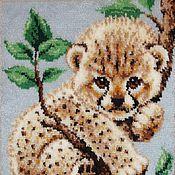 """Картины и панно ручной работы. Ярмарка Мастеров - ручная работа Вышивка ковровая """"Леопард"""" (котенок).. Handmade."""