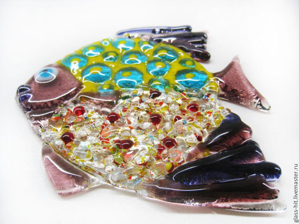 подвеска с знаком зодиака рыба