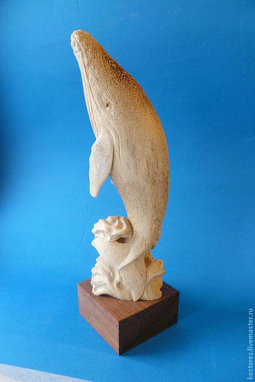 Подарки для мужчин, ручной работы. Ярмарка Мастеров - ручная работа. Купить Кит-горбач из скелетной кости кита. Handmade. Бежевый