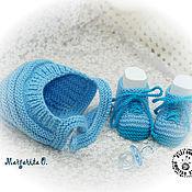Работы для детей, ручной работы. Ярмарка Мастеров - ручная работа Комплект: Шапочка для новорожденного и пинетки ботиночки. Handmade.
