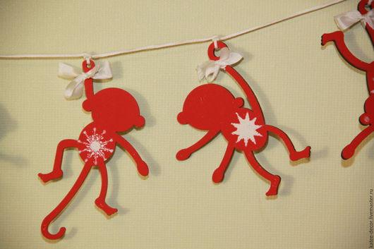 """Новый год 2017 ручной работы. Ярмарка Мастеров - ручная работа. Купить Гирлянда """"Мартышки"""". Handmade. Ярко-красный, игрушка на елку"""